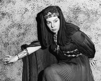 Simionato as Amneris